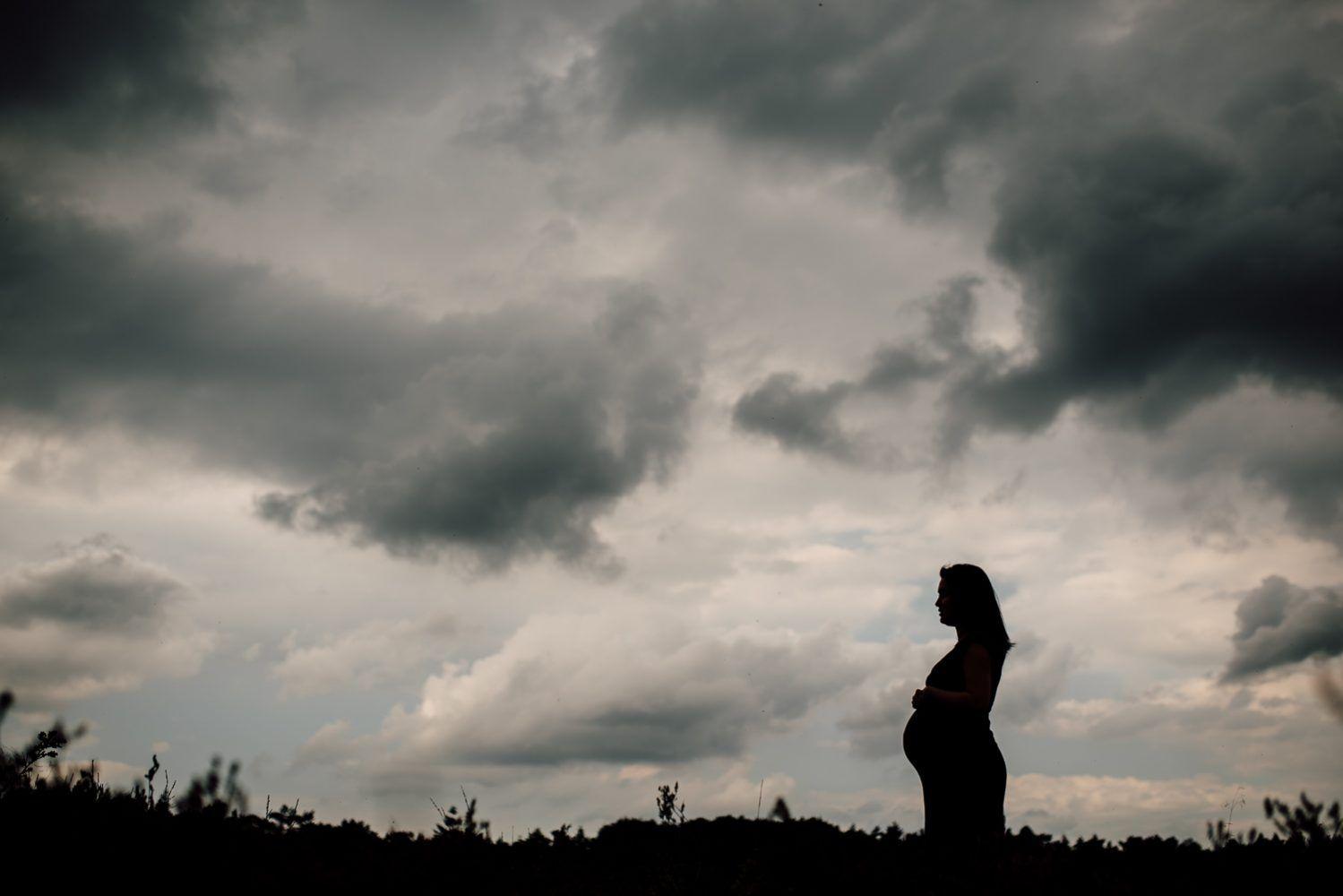 creatieve zwangerschapsfotografie Eindhoven