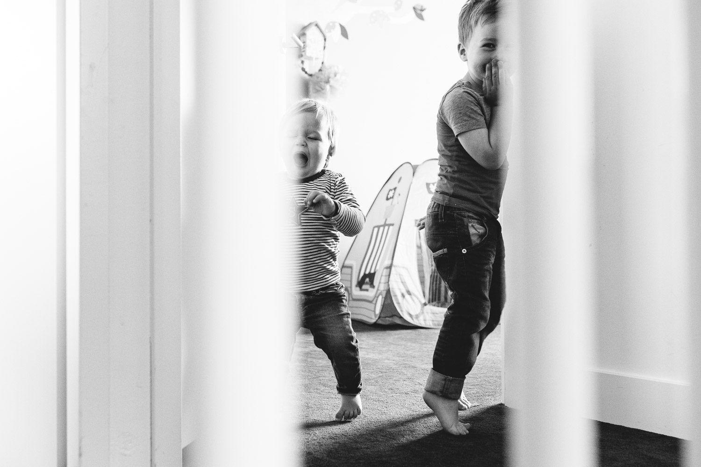 ongeposeerde spontane kinderfotografie