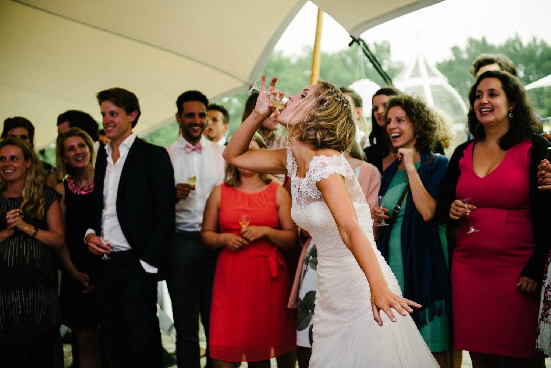 spontane foto's bruiloft bruid