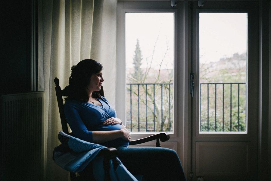 Bijzondere-zwangerschapsfotografie-aan-huis-Eindhoven_0010.jpg