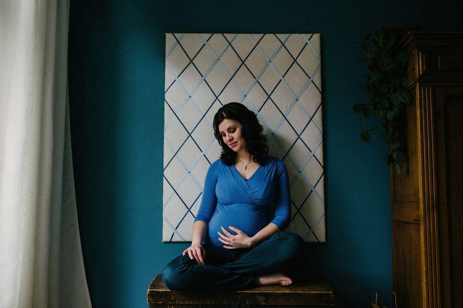 Bijzondere-zwangerschapsfotografie-aan-huis-Eindhoven_0012.jpg