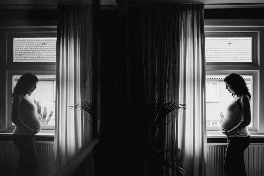 Bijzondere-zwangerschapsfotografie-aan-huis-Eindhoven_0019.jpg