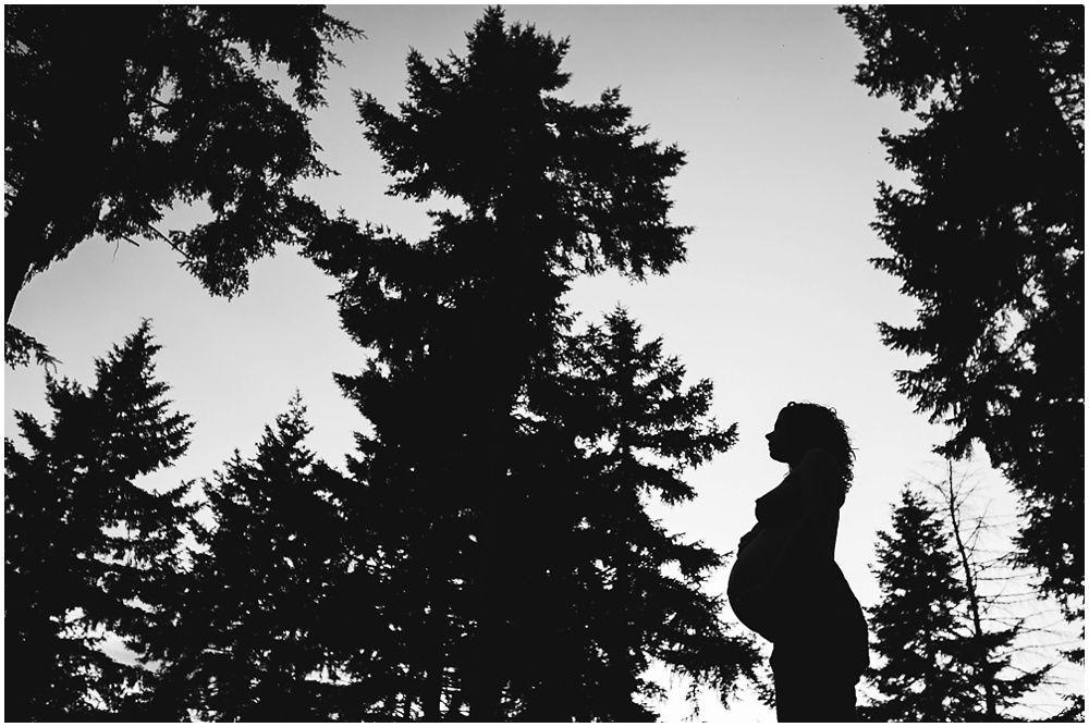 artistieke stoere zwangerschapsfotografie Eindhoven, fotograaf zwangerschap
