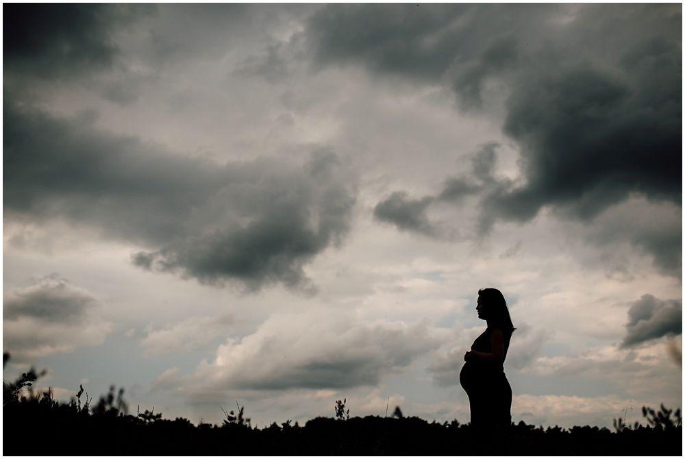 Zwangerschapsfotografie op locatie Eindhoven_0010.jpg