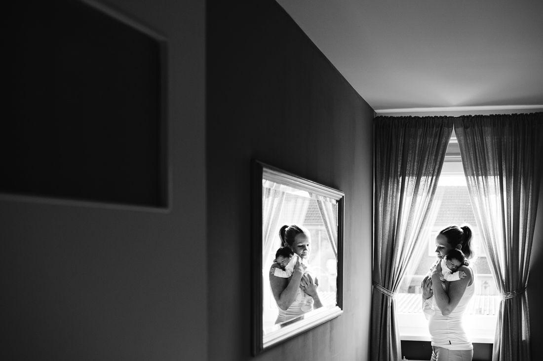 Lifestyle newbornfotografie fotograaf newborn