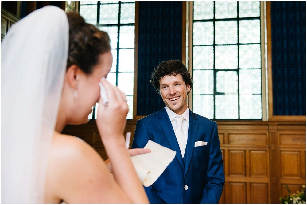 Journalistieke bruidsfotografie fotograaf bruiloft Den Bosch Eindhoven 232.jpg
