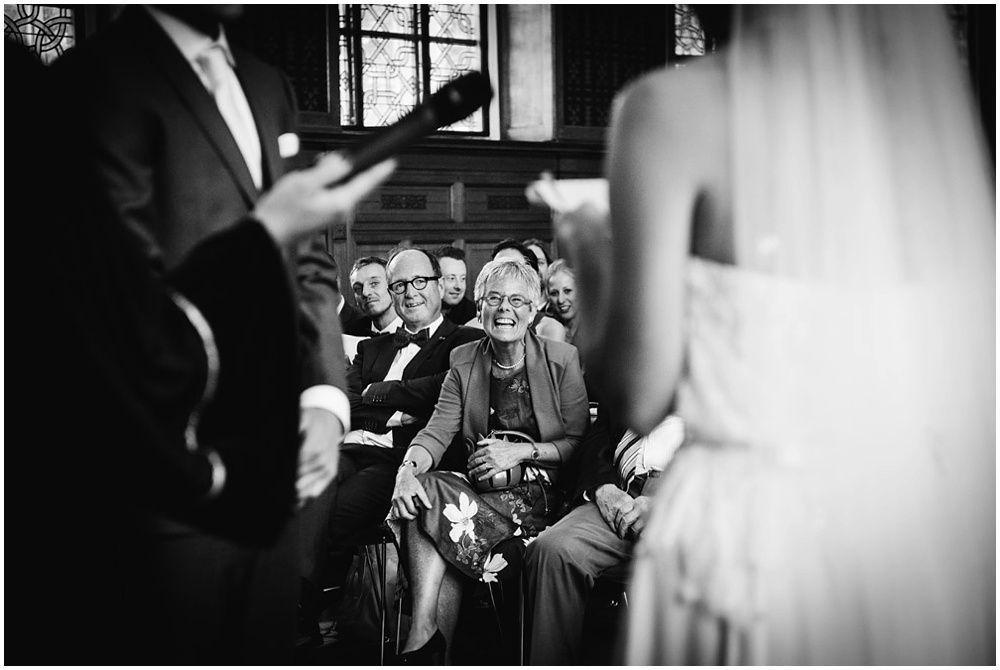 Journalistieke bruidsfotografie fotograaf bruiloft Den Bosch Eindhoven 235.jpg