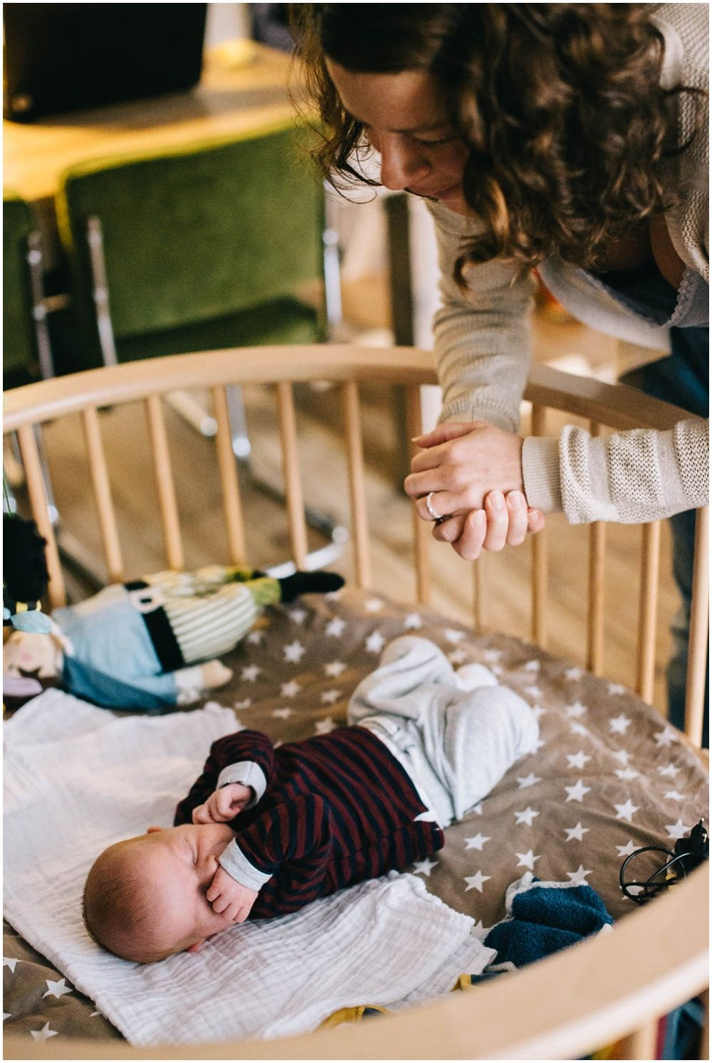 Lifestyle newborn fotografie aan huis Boxtel 003.jpg