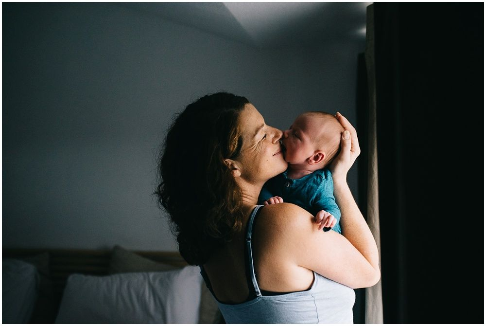 Lifestyle newborn fotografie aan huis Boxtel 014.jpg