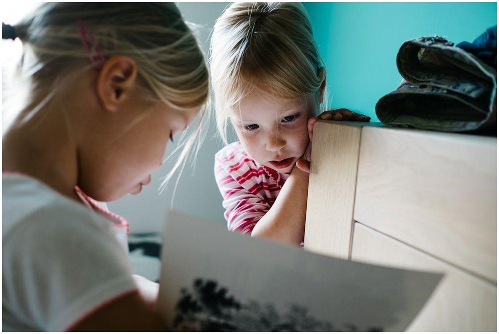 kinderfotograaf den bosch, familiefotograaf gezinsfotograaf Rosmalen, fotograaf gezin, documentaire fotoshoot gezin, spontane kinderfoto's