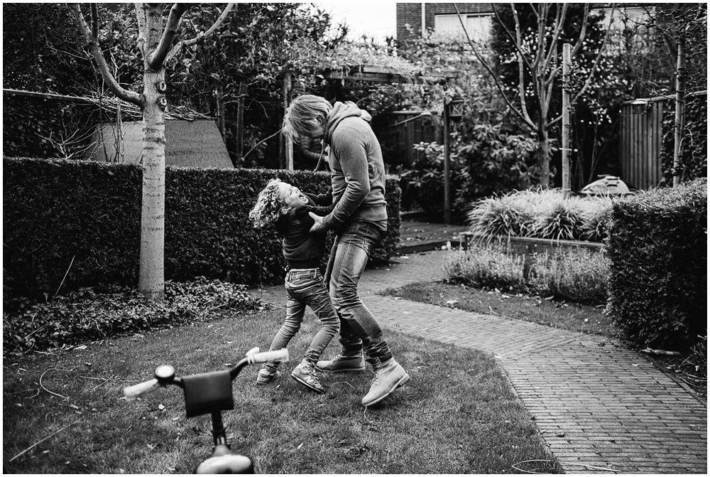Documentaire familieshoot fotograaf gezin Oss 17.jpg