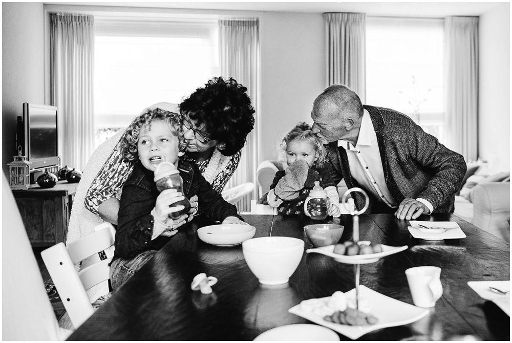 Documentaire familieshoot fotograaf gezin Oss 22.jpg