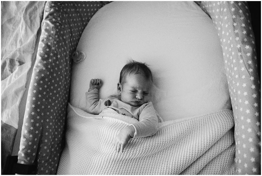Documentaire familiefotografie ongeposeerde newbornfotografie_0002.jpg