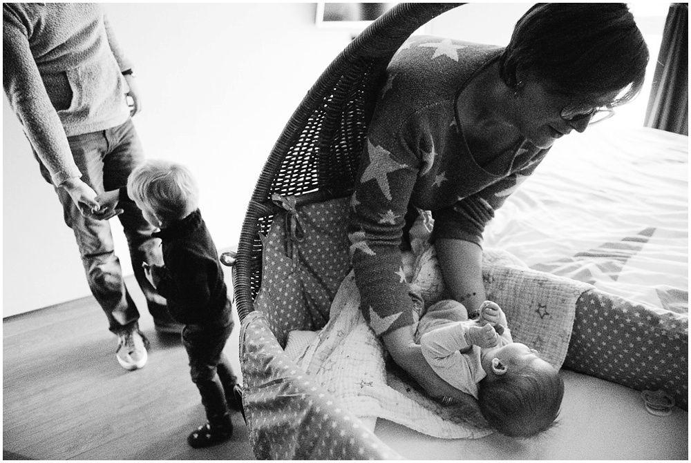 Documentaire familiefotografie ongeposeerde newbornfotografie_0007.jpg