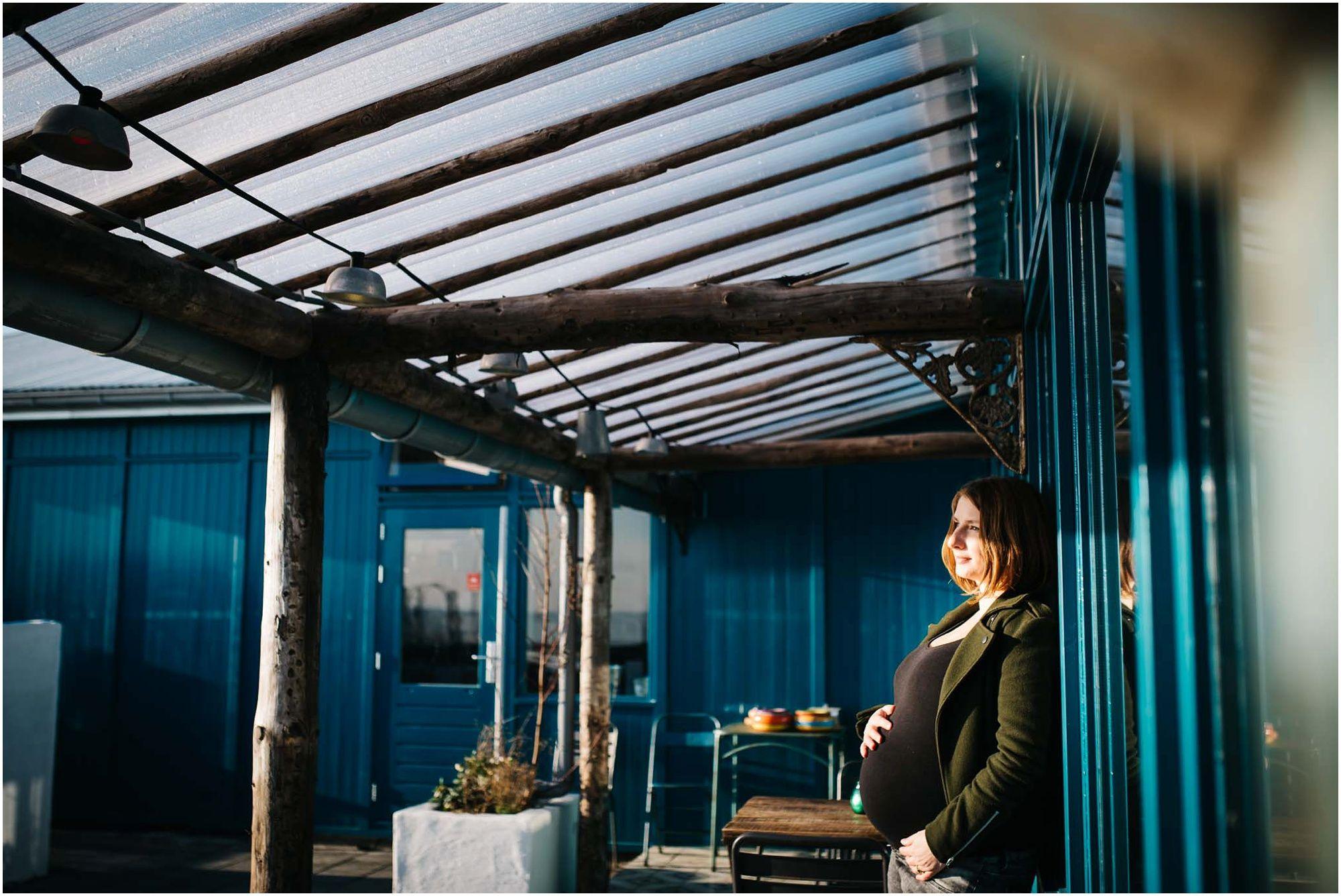 Stoere zwangerschapsfoto's Amsterdam fotograaf zwangerschap