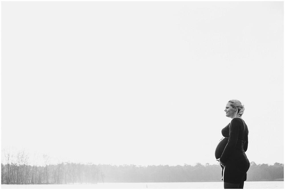 stoere zwangerschapsfotografie fotograaf zwangerschap Den Bosch zwangerschapsfoto's