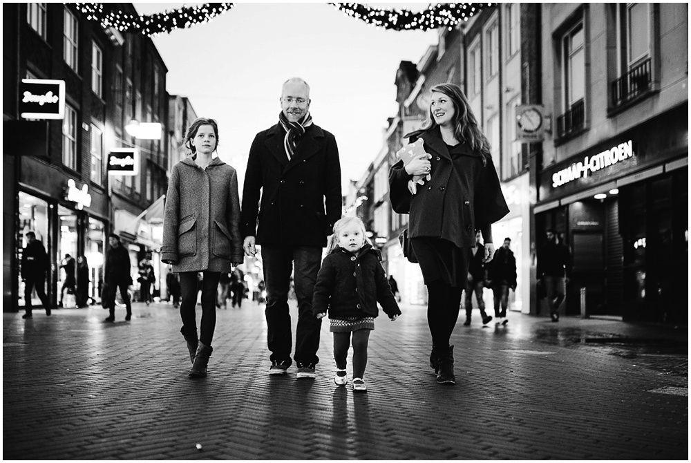 familiefotograaf Eindhoven fotograaf gezin kinderen spontaan natuurlijk ongedwongen