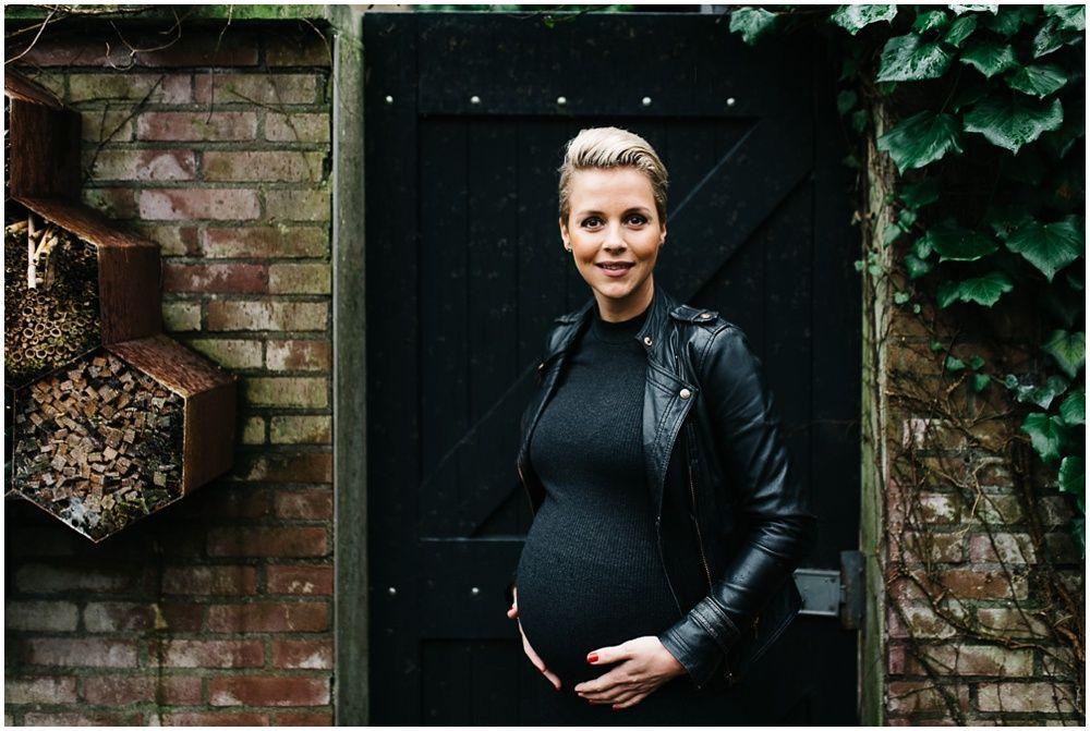 stoere zwangerschapsfotografie Arnhem fotograaf zwangerschap zwangerschapsshoot
