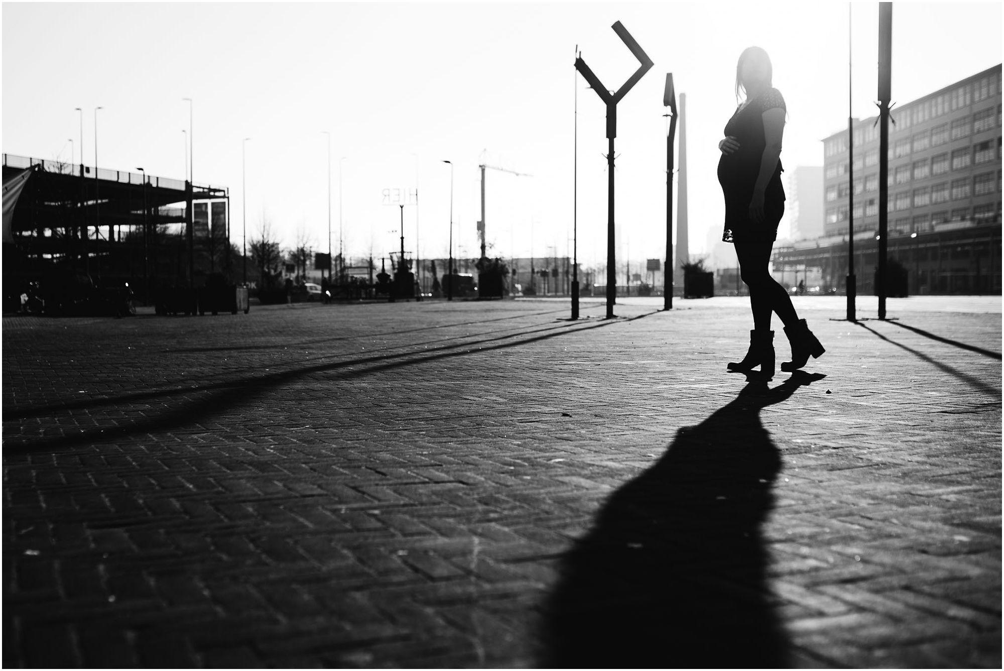 fotograaf zwangerschap Eindhoven - stoere zwangerschapsfotografie Eindhoven
