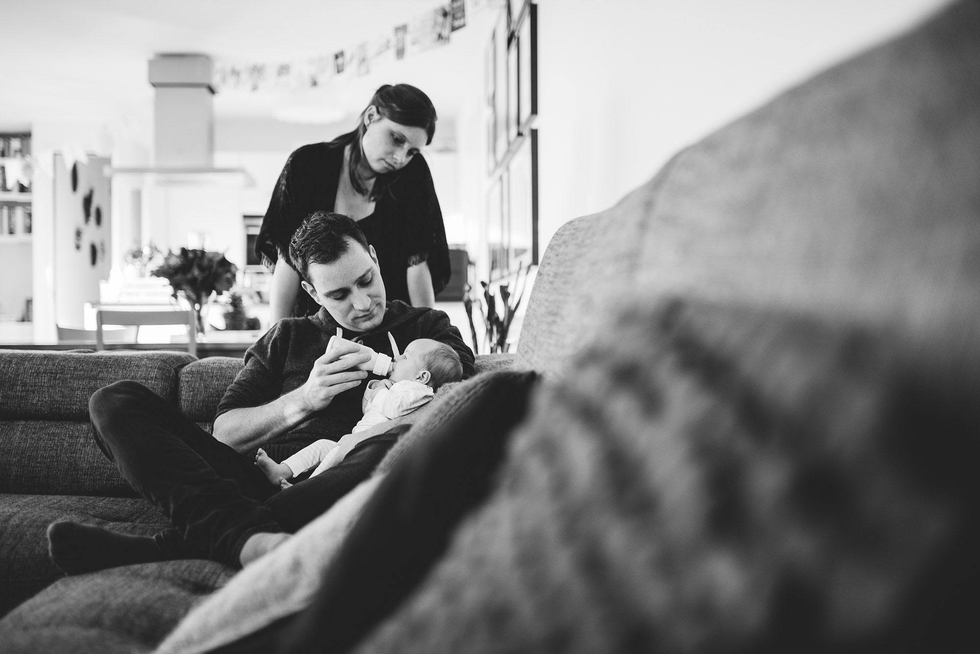 ongeposeerde lifestyle newbornfotografie fotograaf newborn den bosch