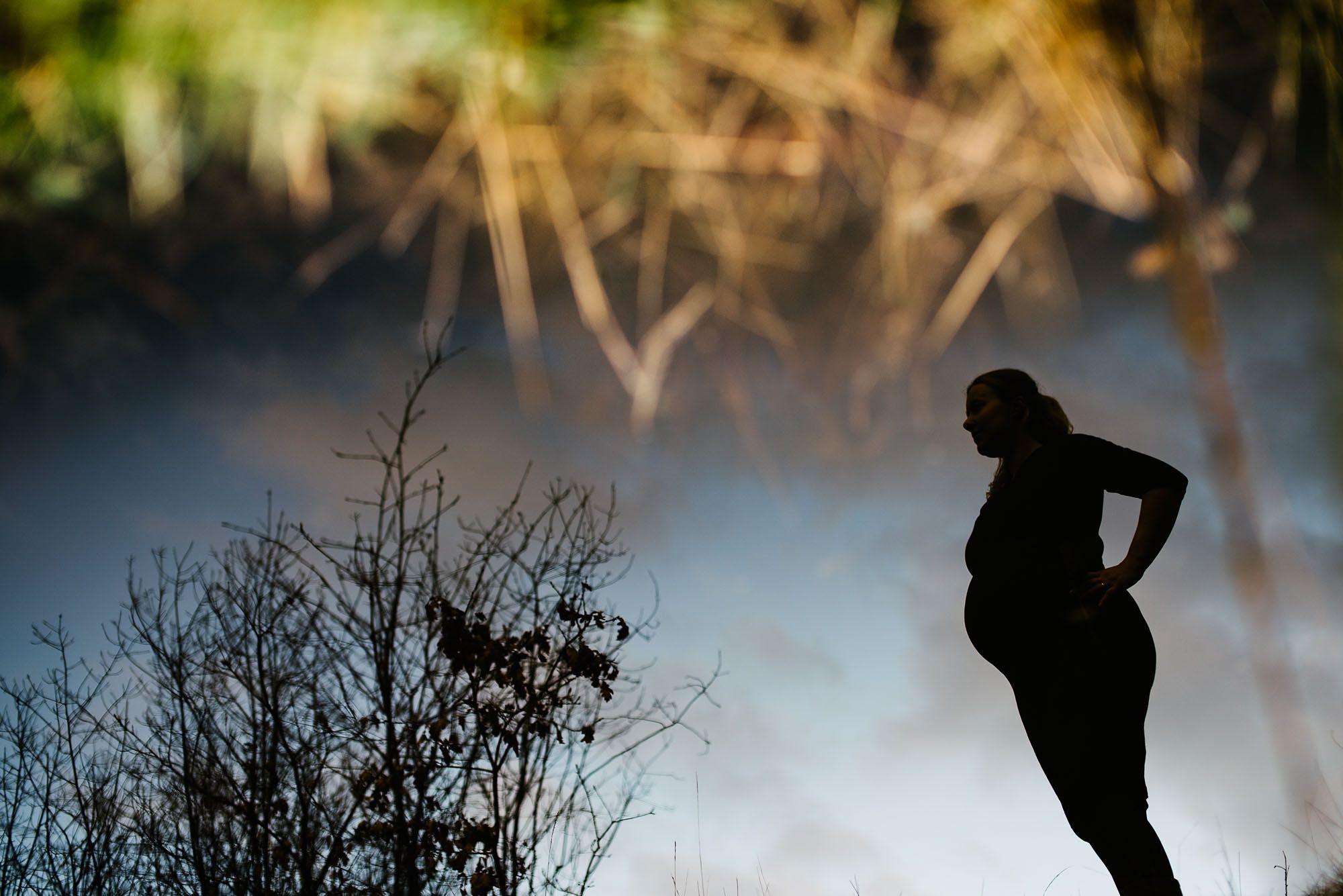 creatieve originele zwangerschapsfotografie Vught fotograaf zwangerschap Den Bosch fotoshoot zwanger