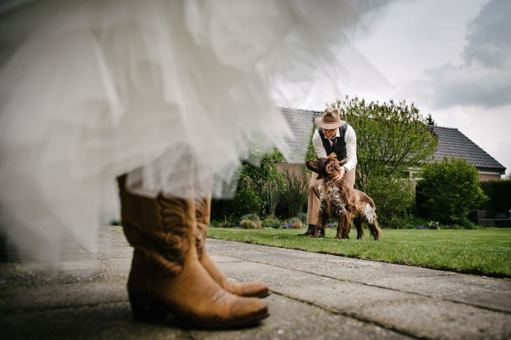 bruidsfotograaf eindhoven fotoshoot met hond