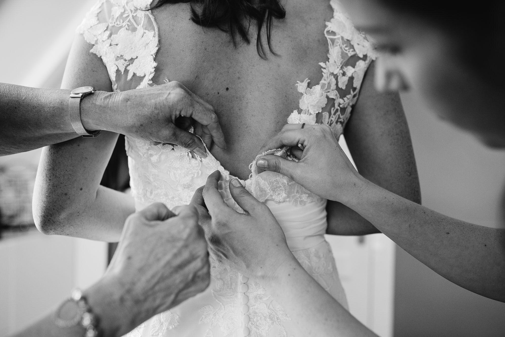 Bruidsfotograaf-Sittard-journalistieke-bruidsfotografie-011.jpg