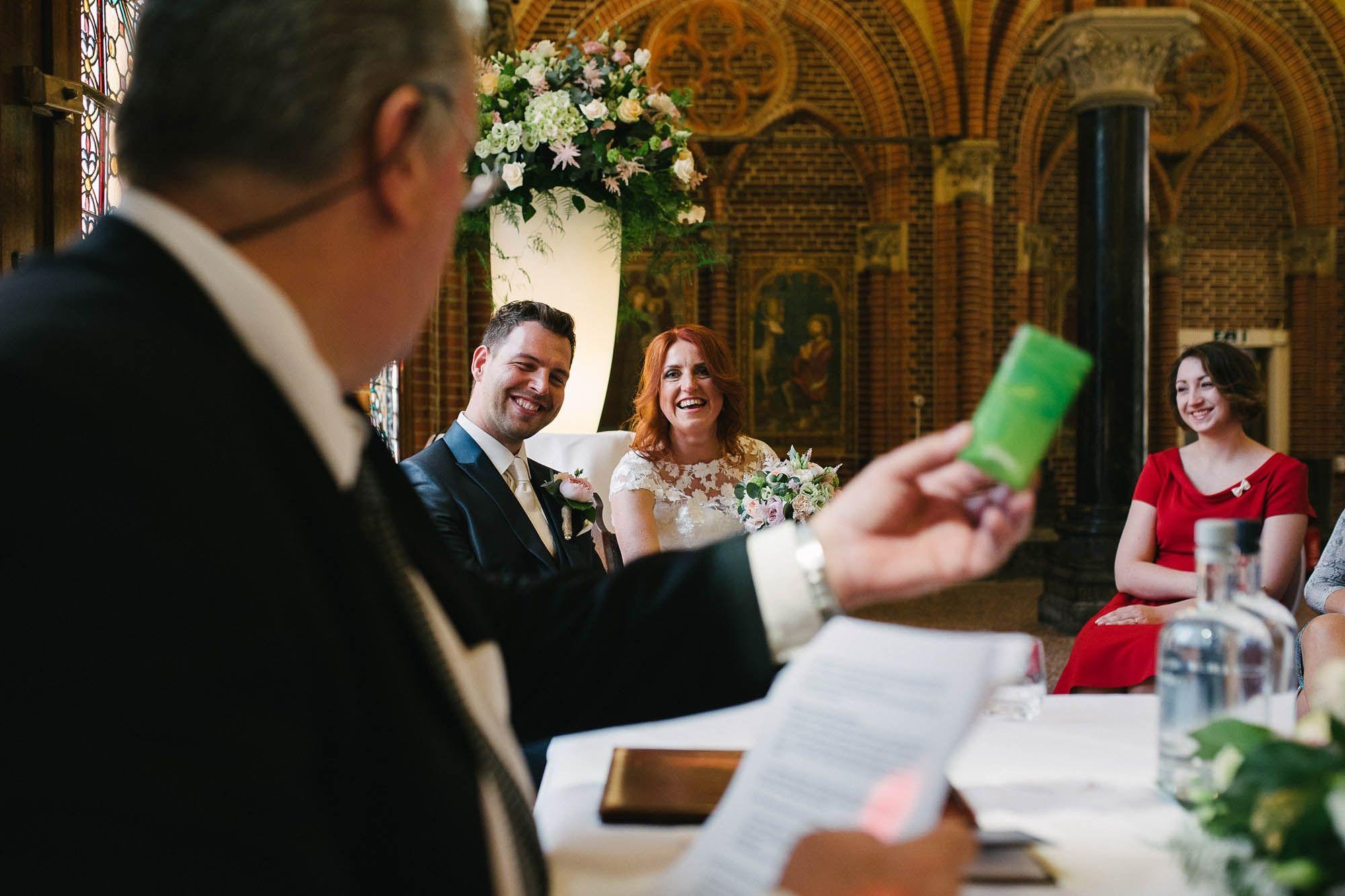 Bruidsfotograaf-Sittard-journalistieke-bruidsfotografie-031.jpg
