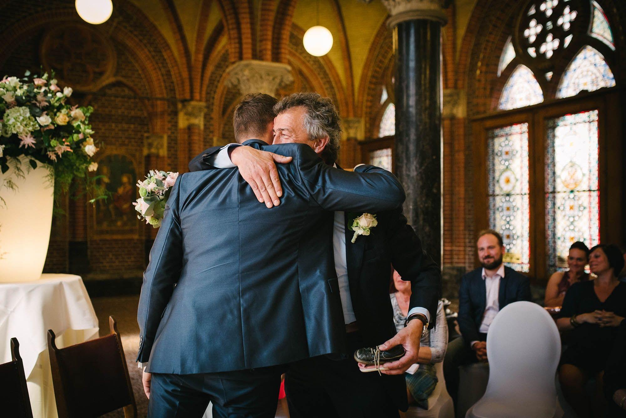Bruidsfotograaf-Sittard-journalistieke-bruidsfotografie-040.jpg