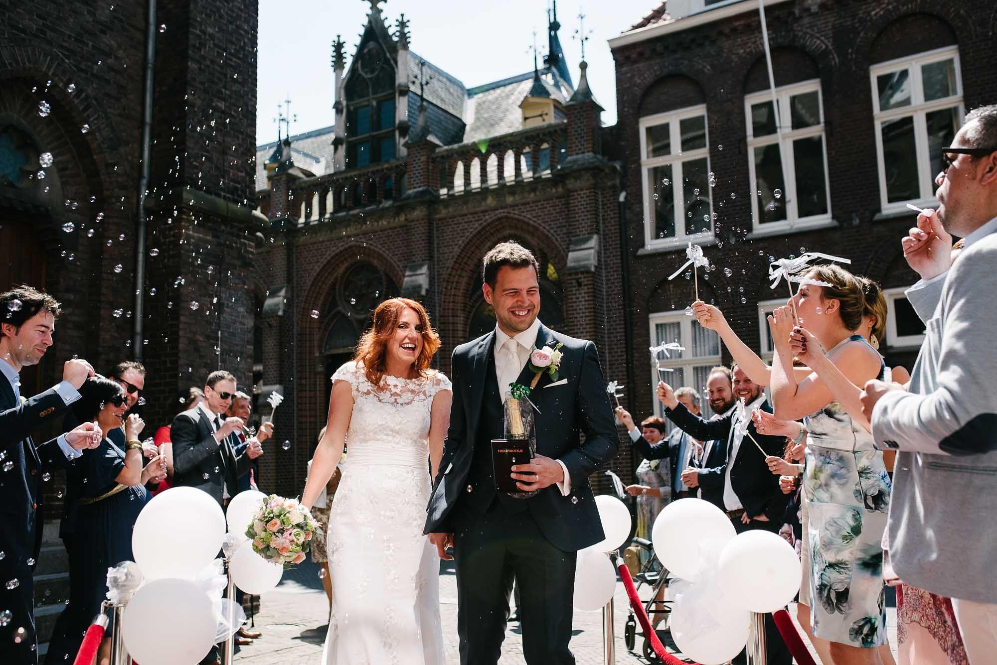 Bruidsfotograaf-Sittard-journalistieke-bruidsfotografie-046.jpg