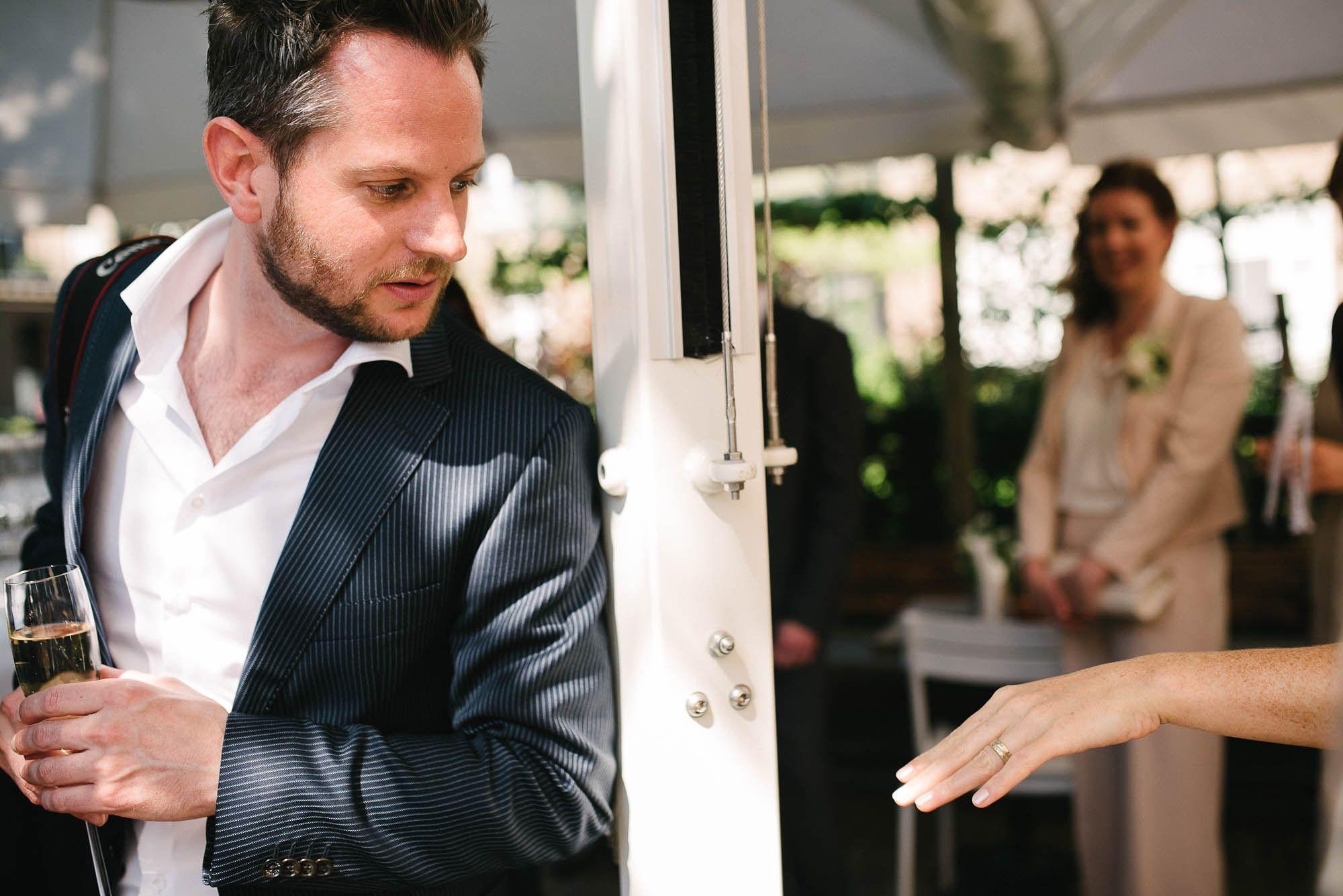 Bruidsfotograaf-Sittard-journalistieke-bruidsfotografie-047.jpg