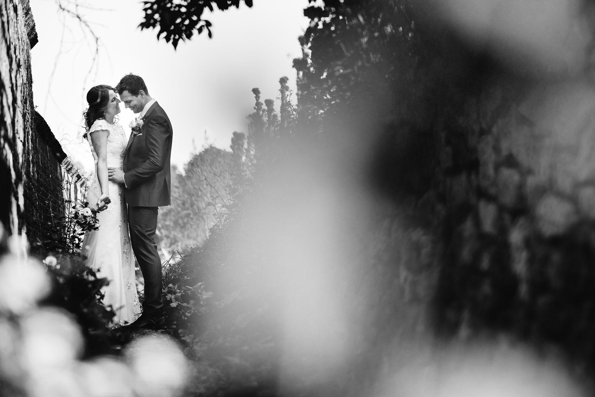 Bruidsfotograaf-Sittard-journalistieke-bruidsfotografie-066.jpg