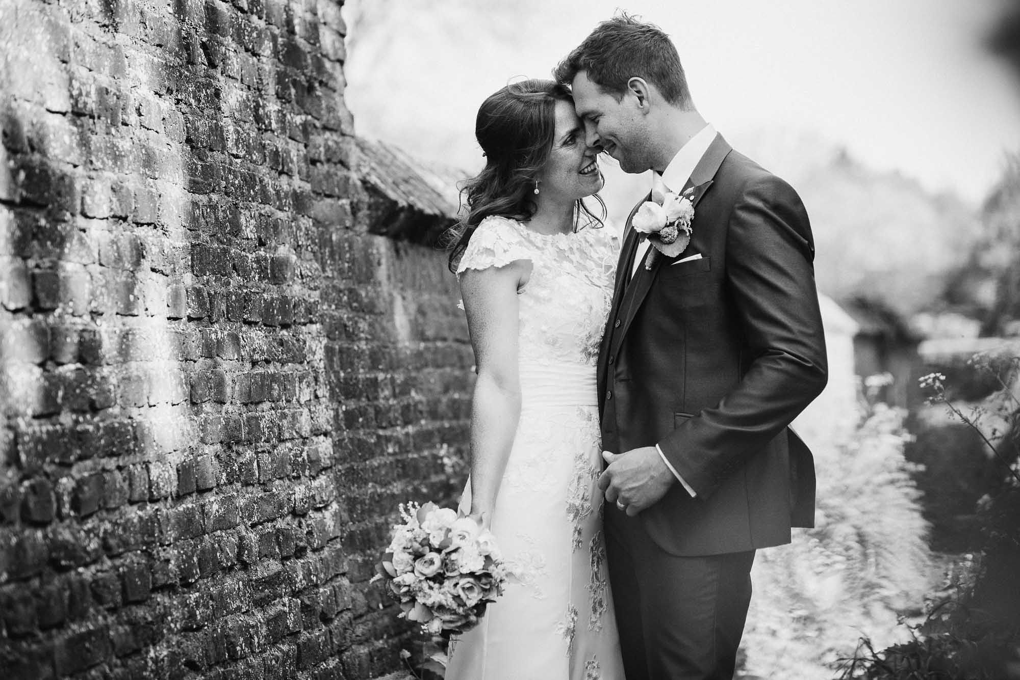 Bruidsfotograaf-Sittard-journalistieke-bruidsfotografie-067.jpg