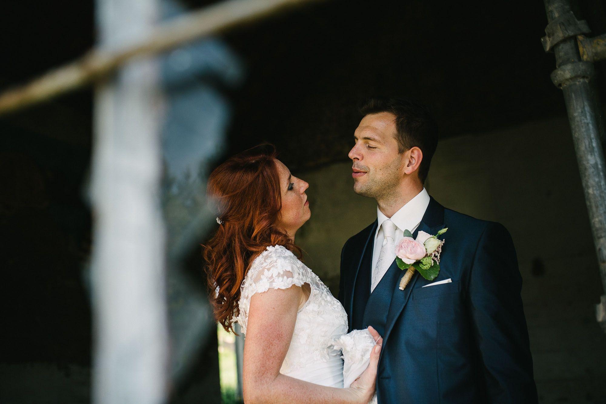 Bruidsfotograaf-Sittard-journalistieke-bruidsfotografie-072.jpg