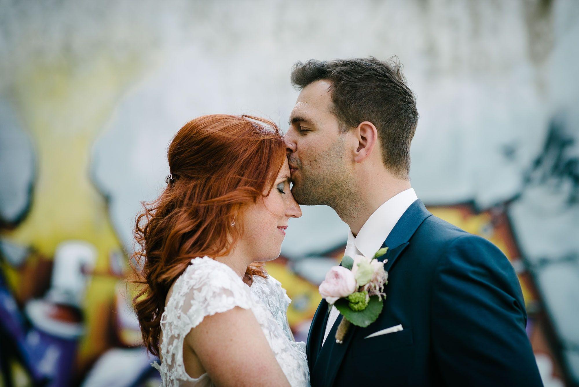 Bruidsfotograaf-Sittard-journalistieke-bruidsfotografie-075.jpg