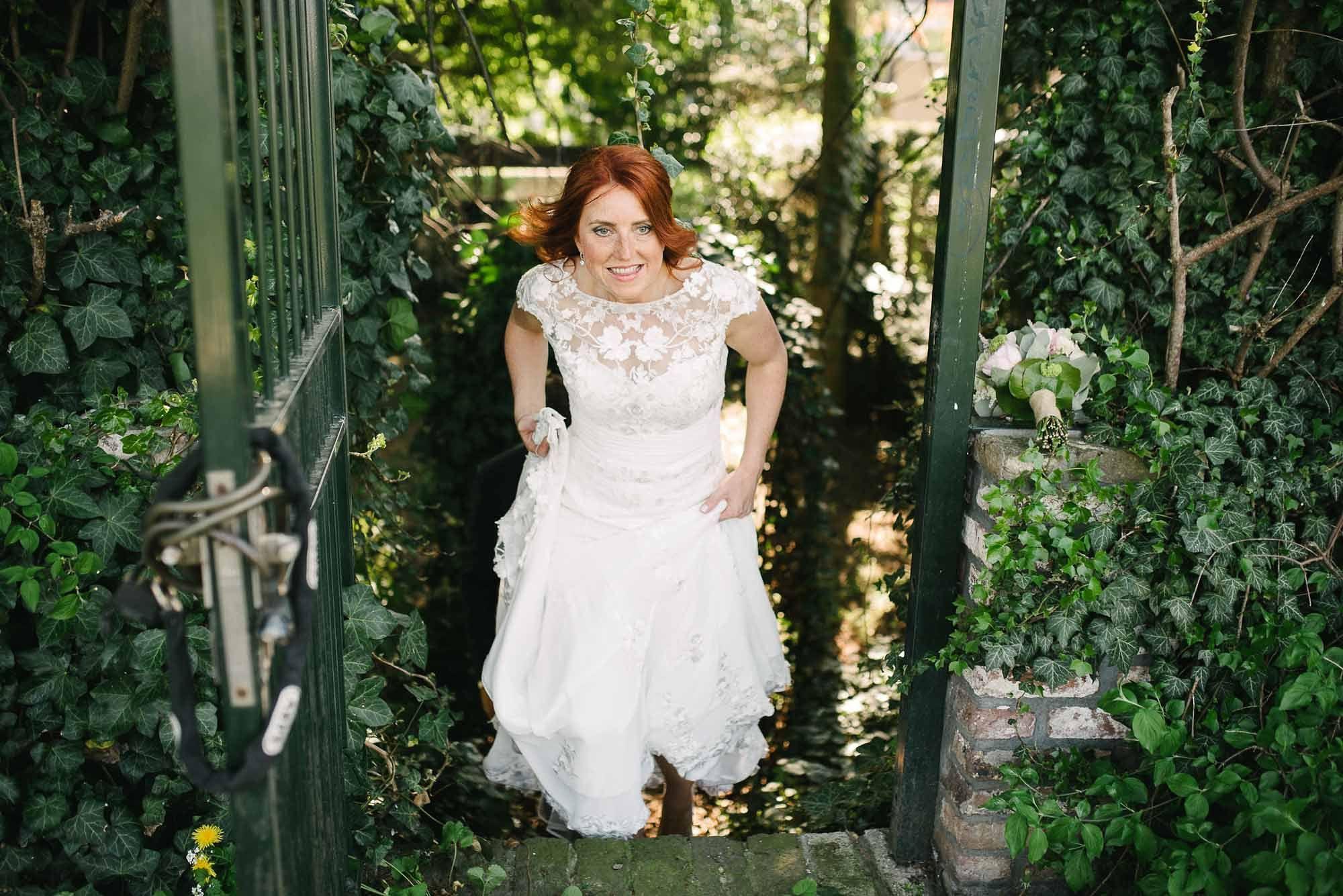 Bruidsfotograaf-Sittard-journalistieke-bruidsfotografie-077.jpg