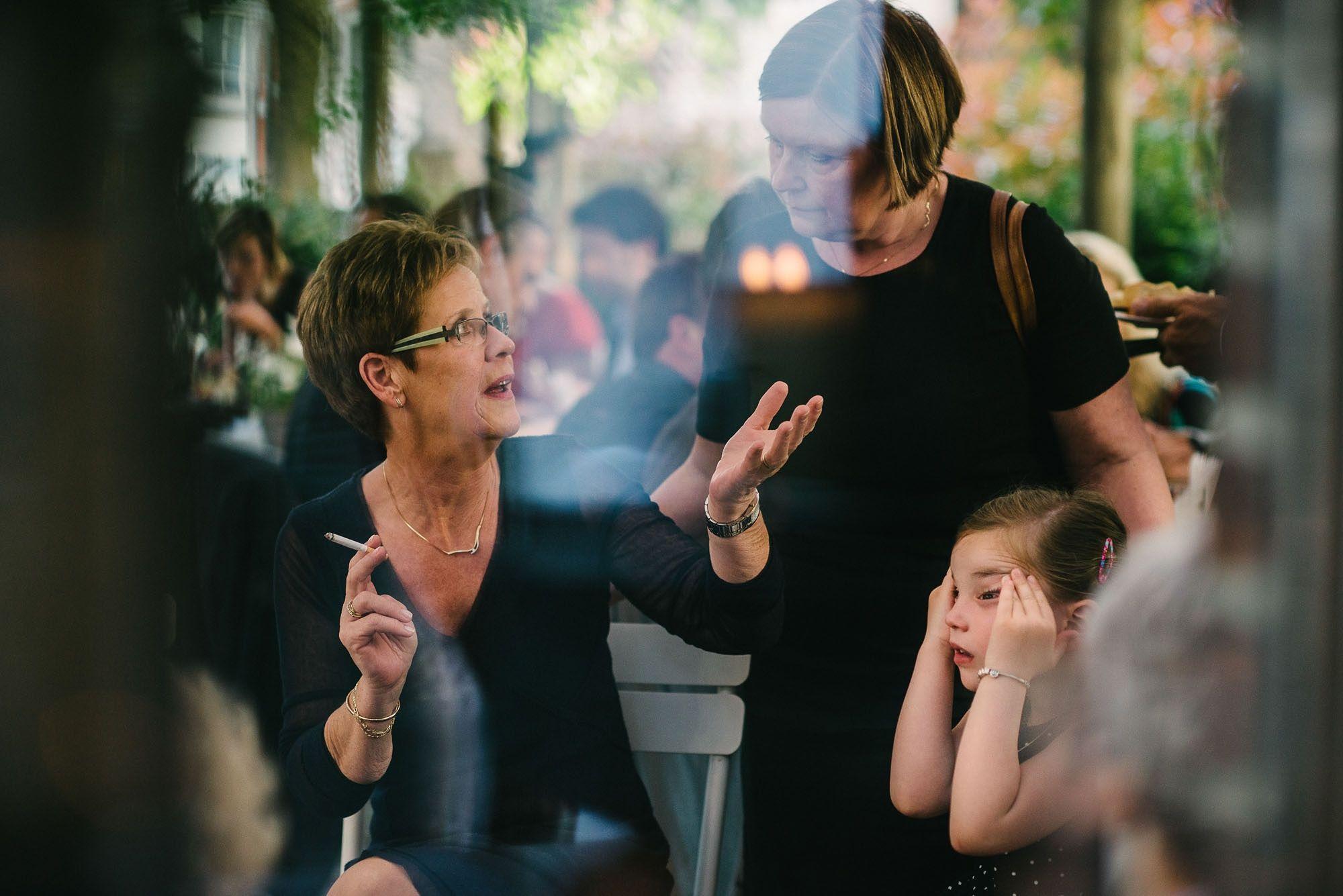 Bruidsfotograaf-Sittard-journalistieke-bruidsfotografie-086.jpg