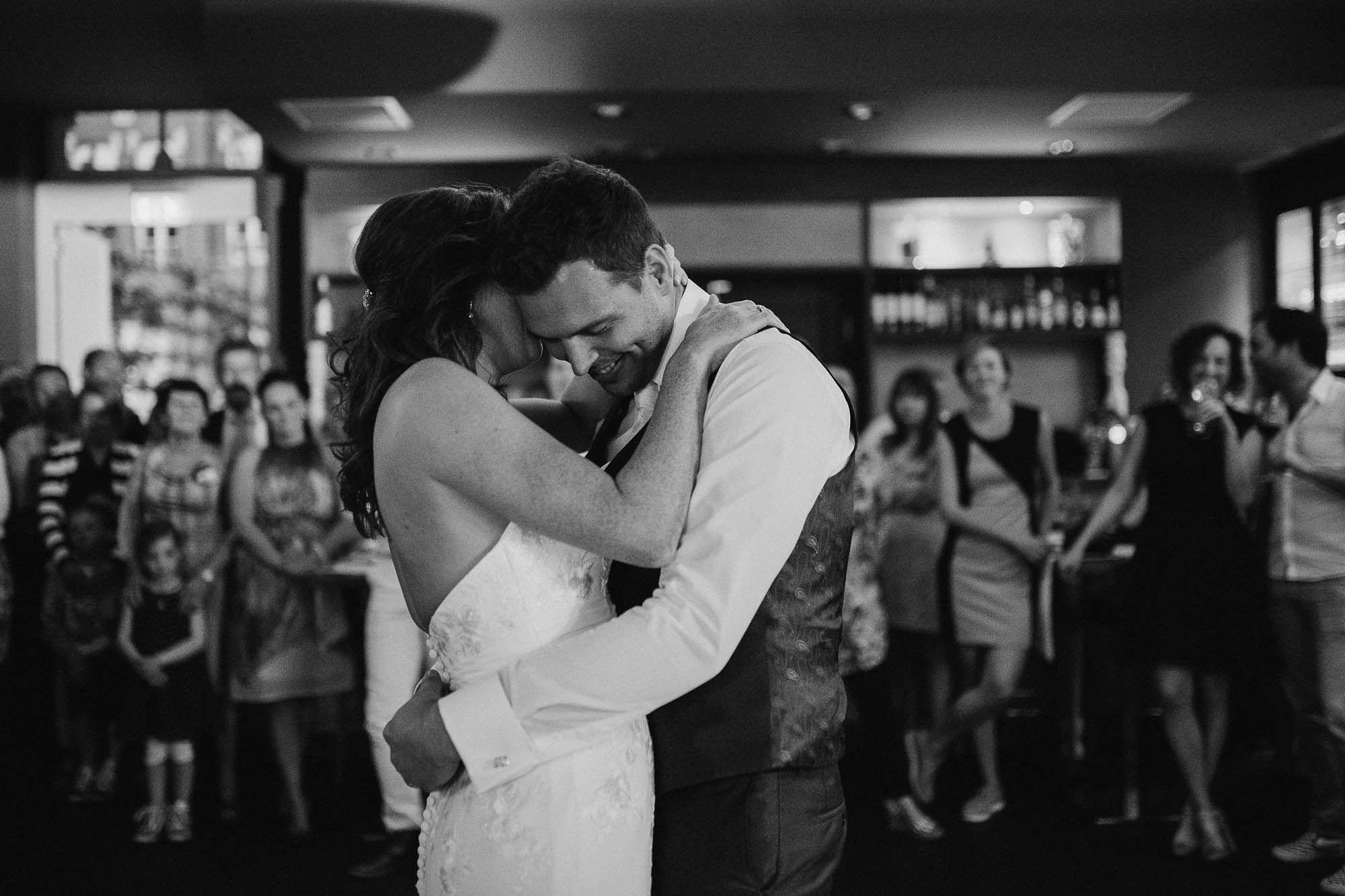 Bruidsfotograaf-Sittard-journalistieke-bruidsfotografie-092.jpg