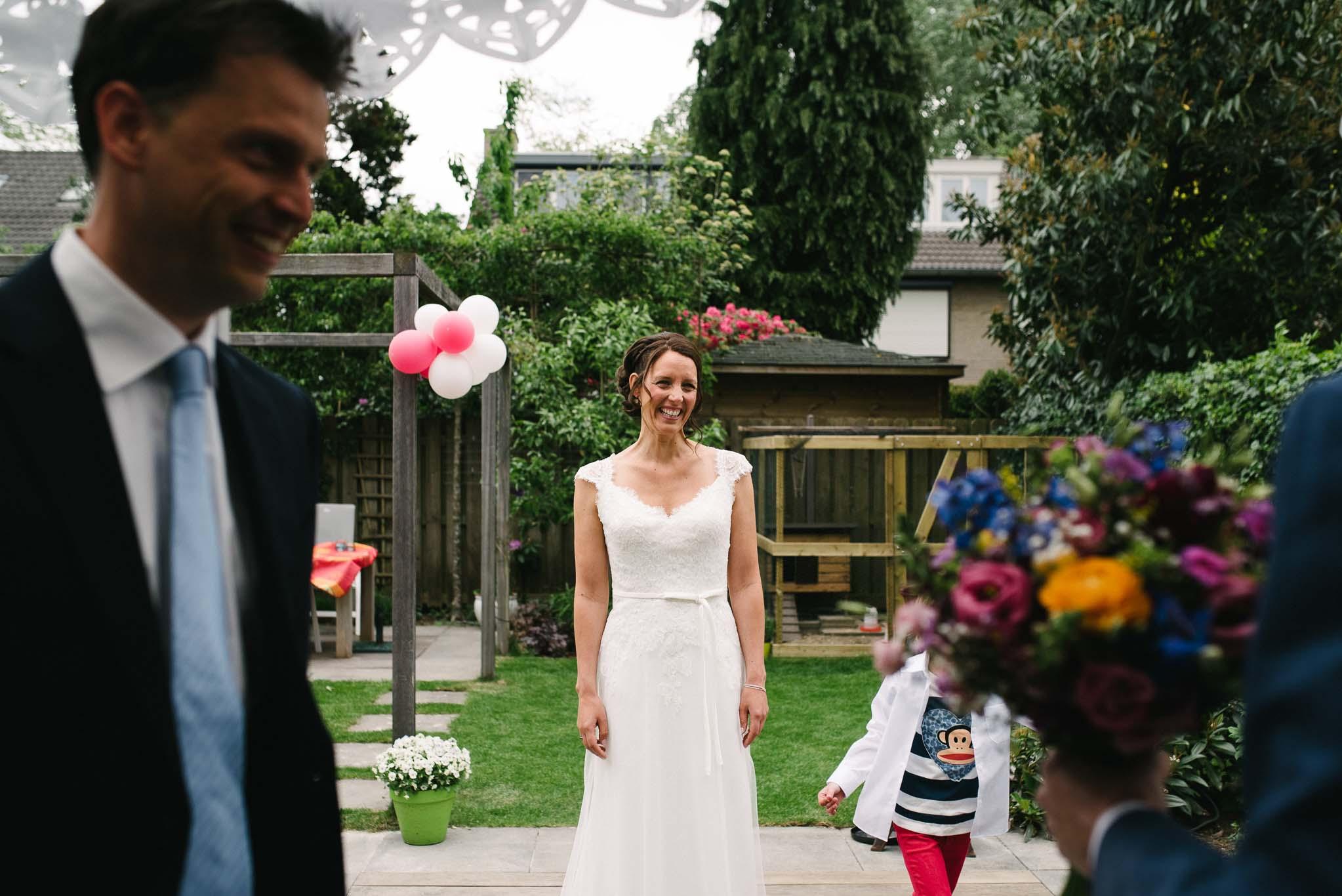 journalistieke-bruidsfotografie-first-look