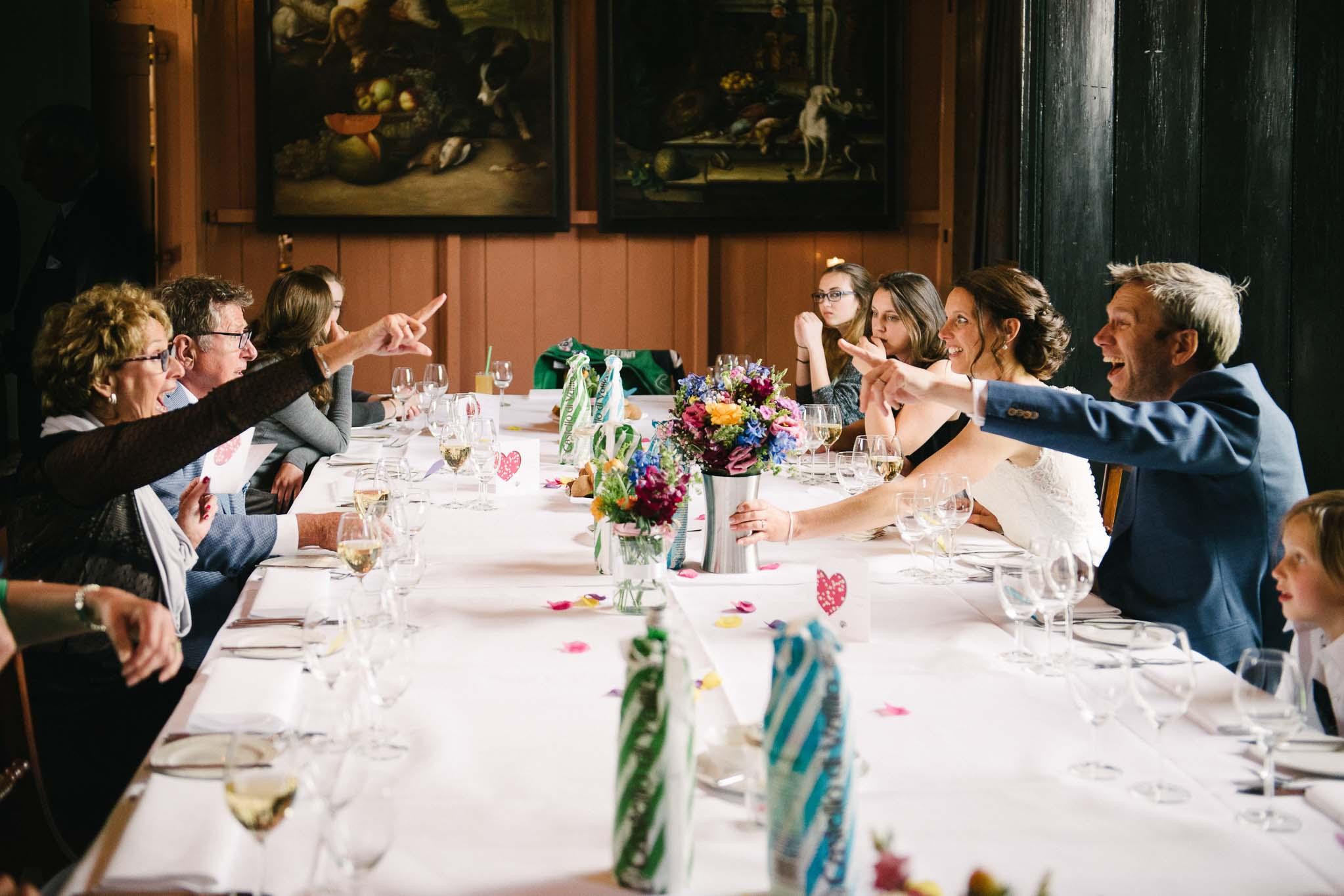 spontane-journalistieke-trouwfotos-bruidsfotograaf