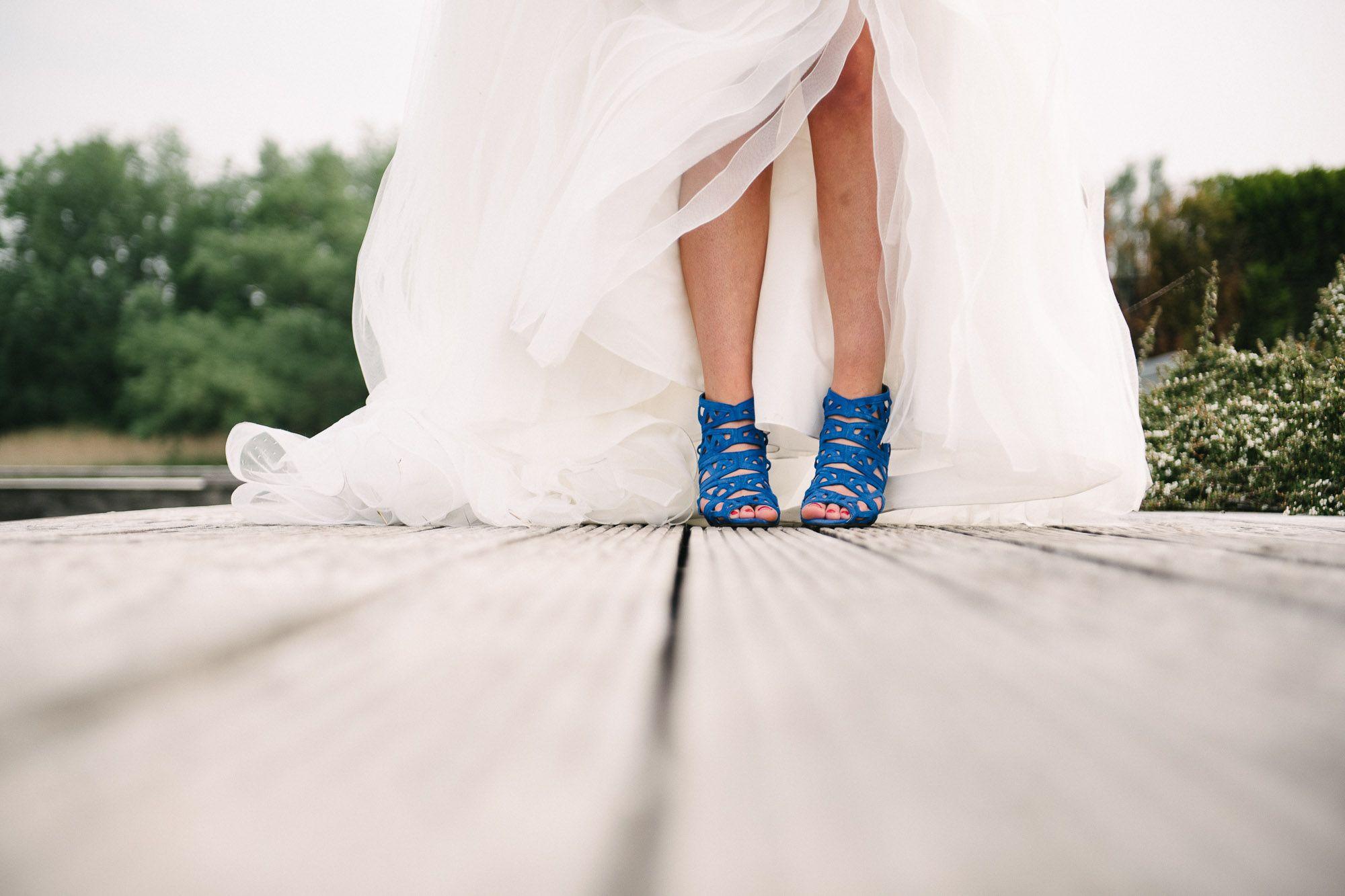 bijzindere blauwe bruidsschoenen