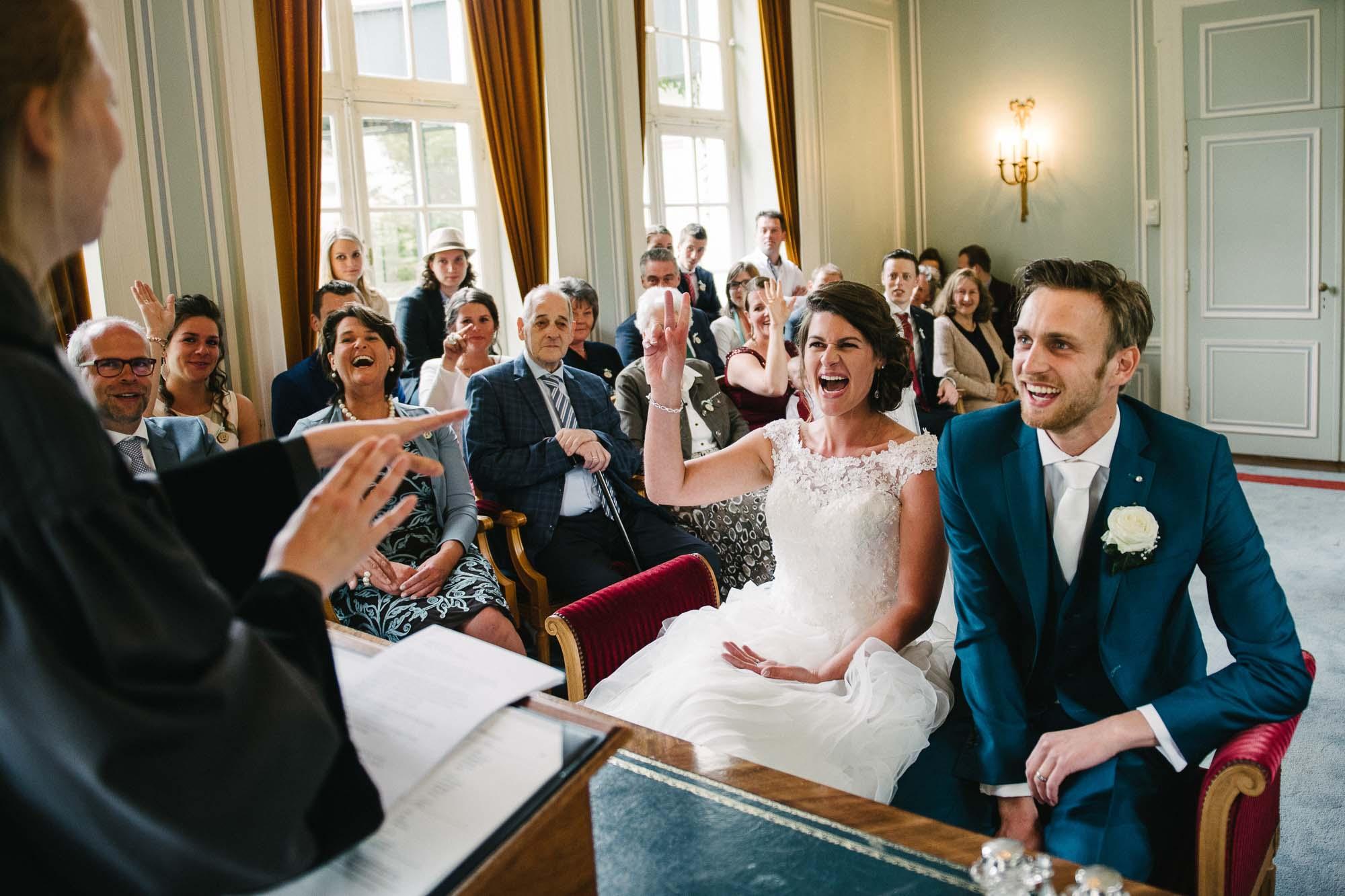 bruidsfotograaf utrecht spontane trouwfoto's