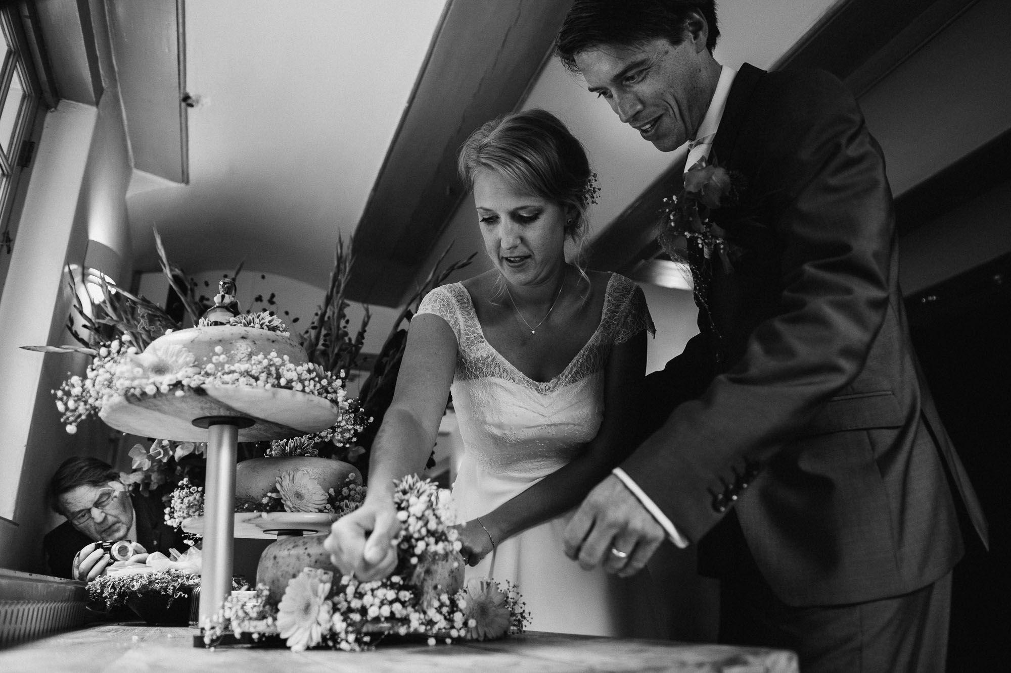 spontane trouwfotos met humor