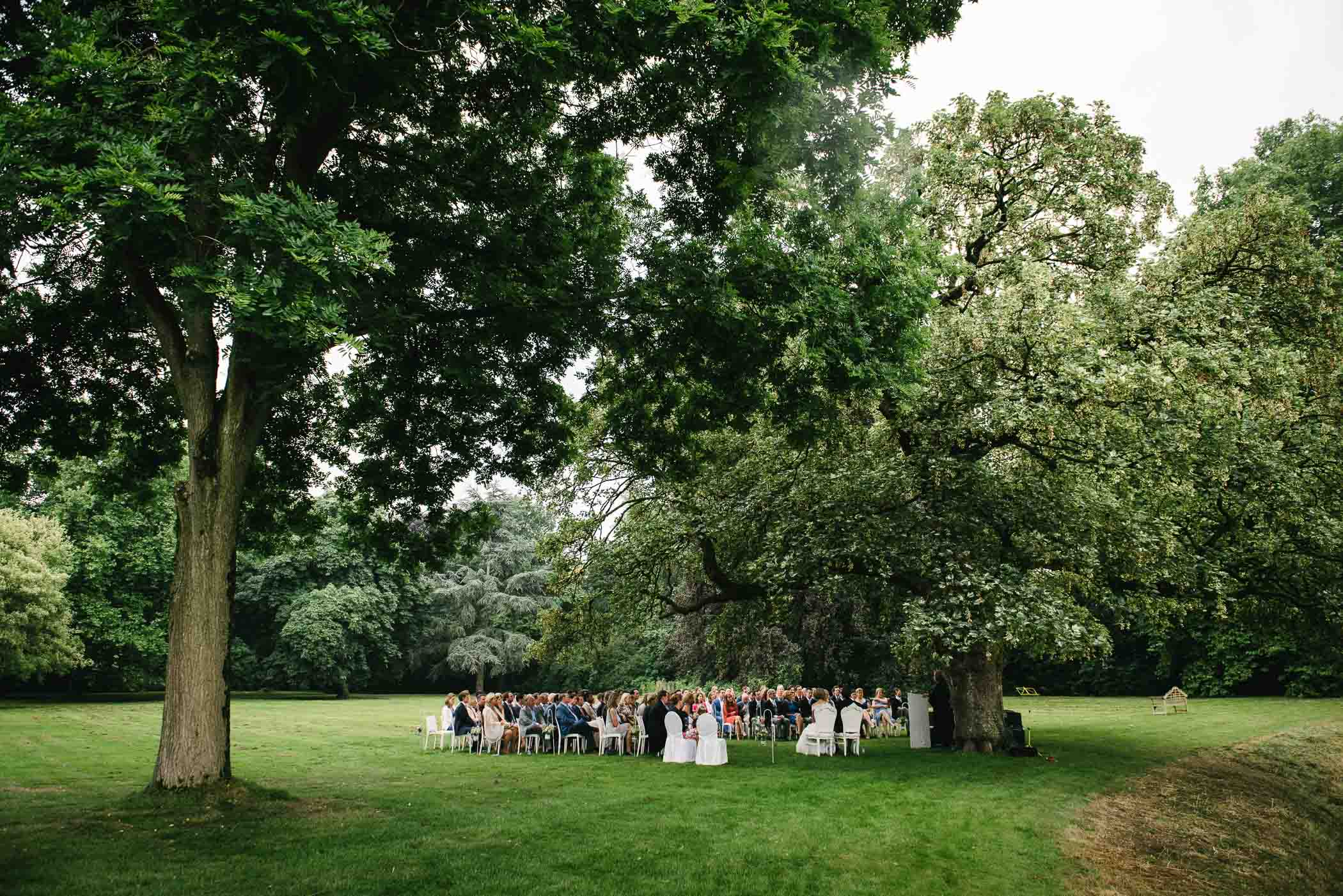 trouwlocatie noord-brabant buiten trouwen kasteel ophemert
