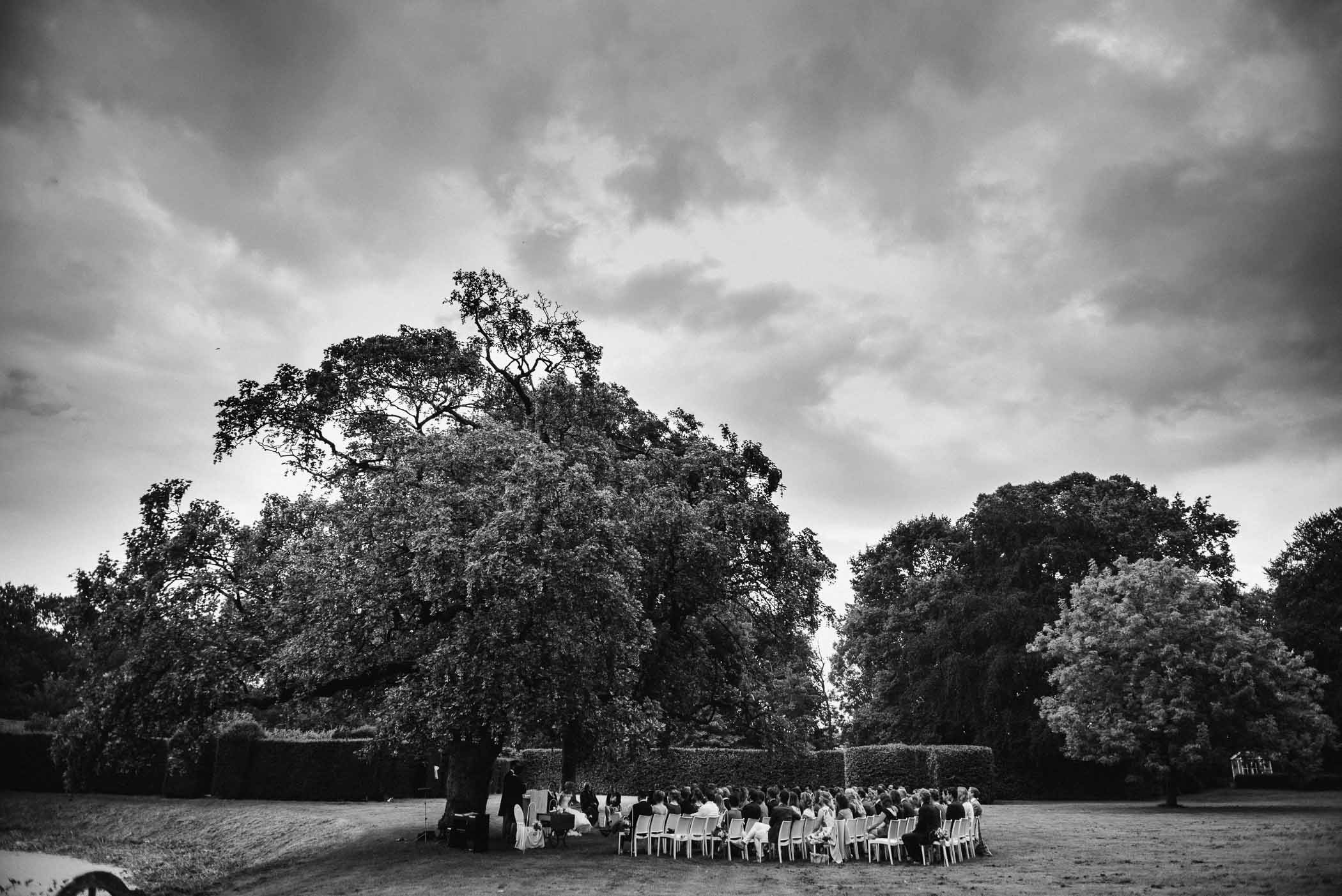 trouwlocatie noord-brabant buiten trouwen trouwfotograaf