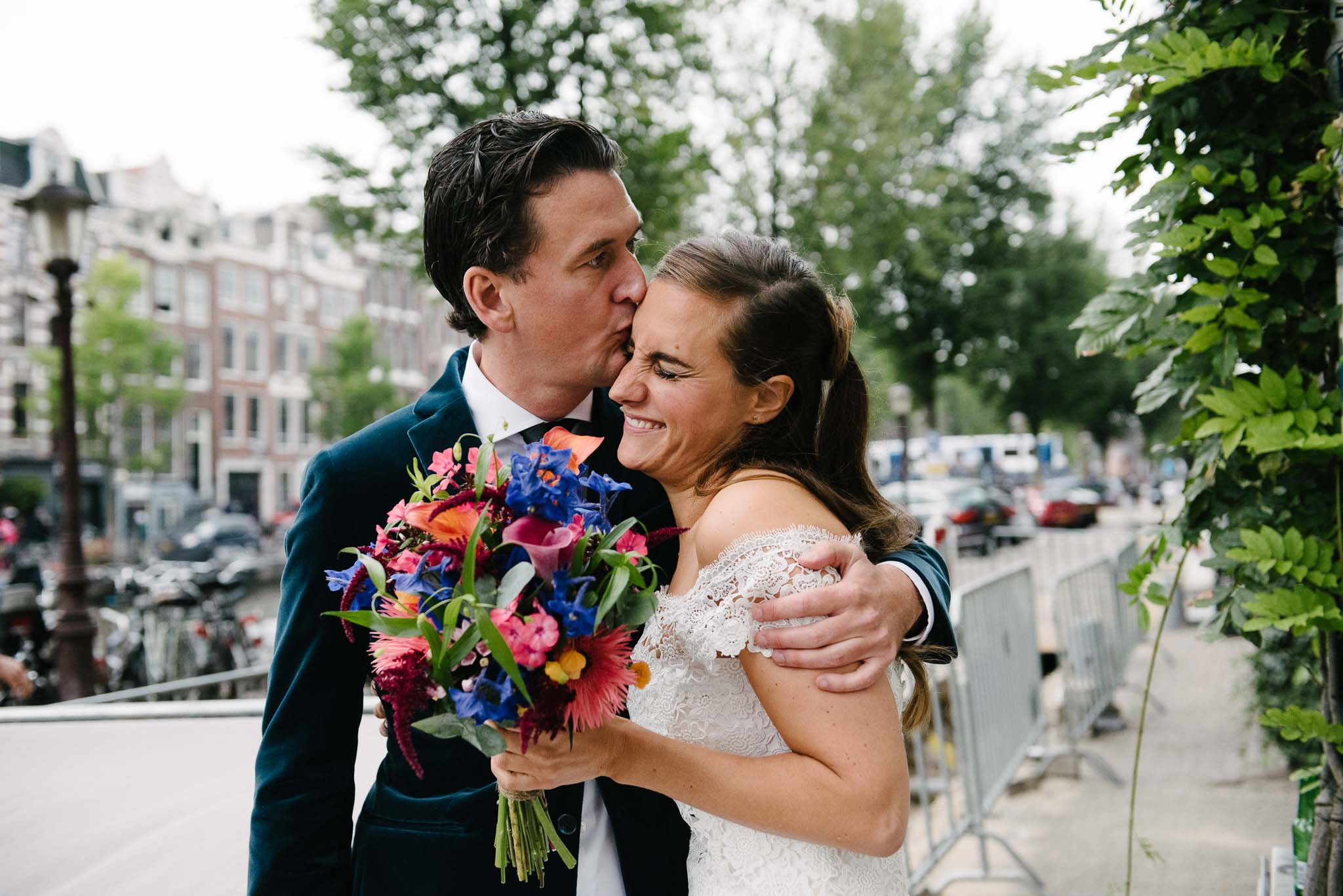 trouwen in Amsterdam bruidsfotograaf journalistiek