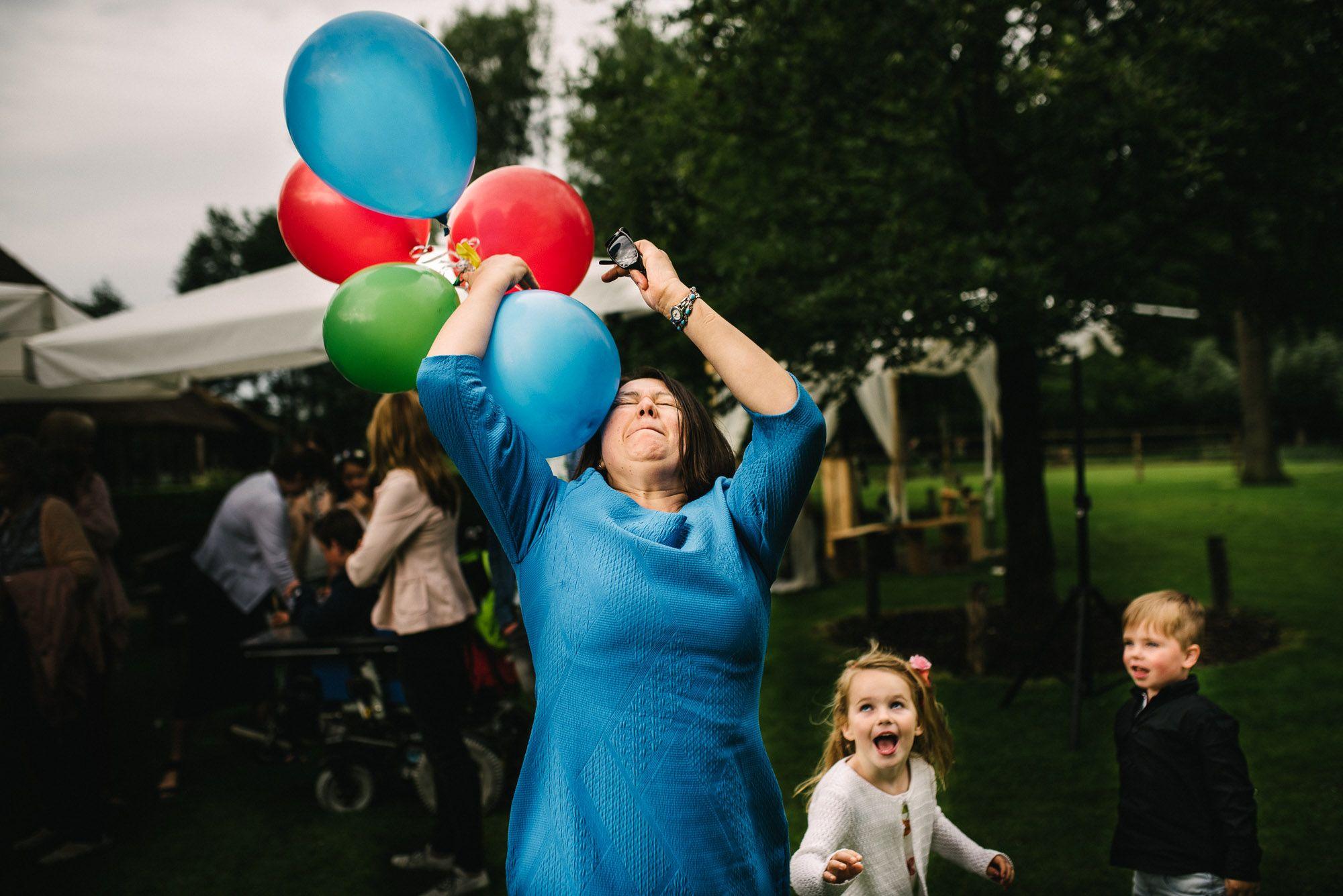 spontane journalistieke foto's bruiloft bruidsfotograaf