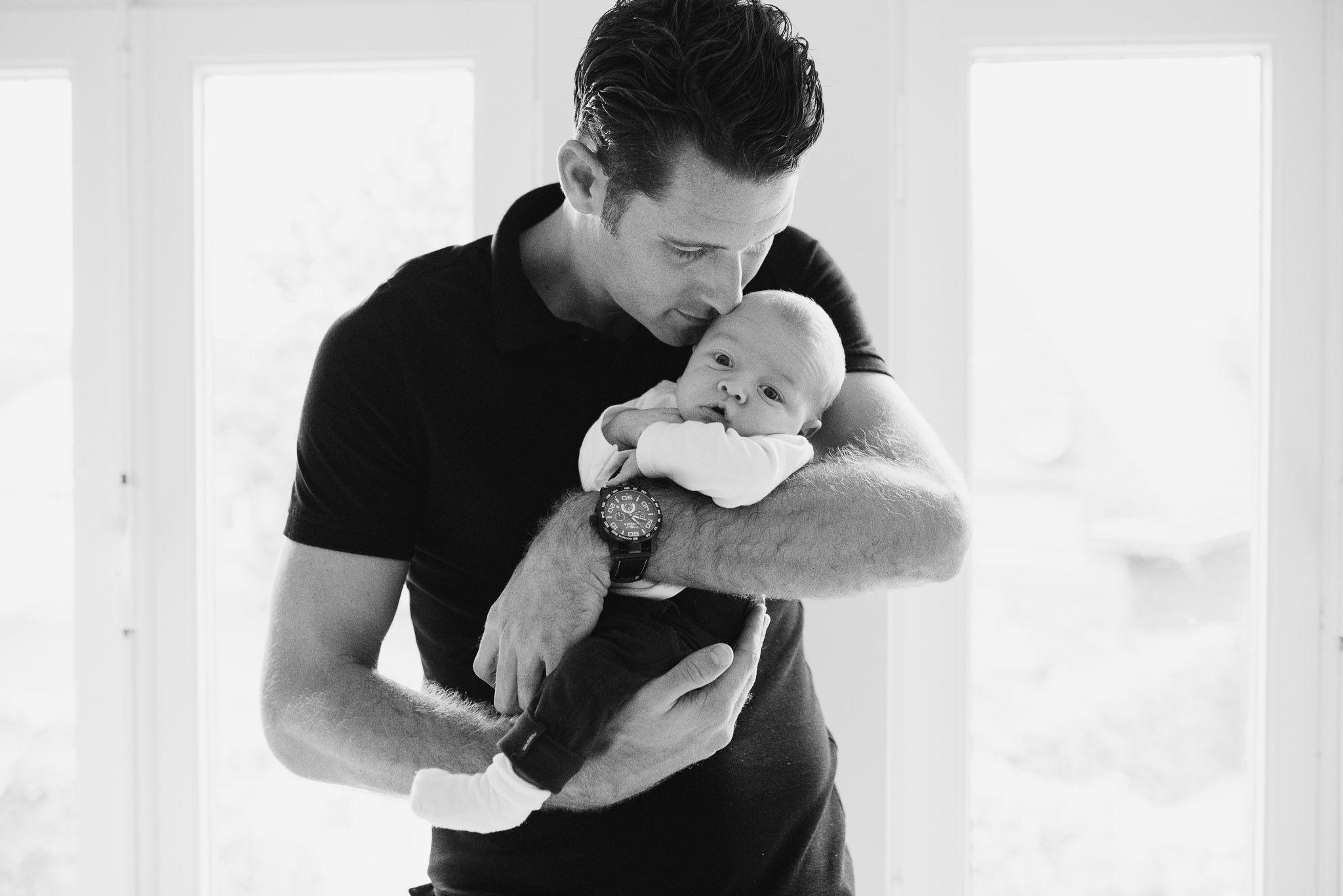 stoere newbornfoto's baby fotograaf