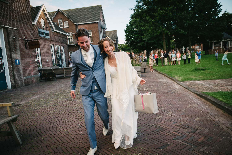 bruidsfotograaf journalistiek ongeposeerd spontaan