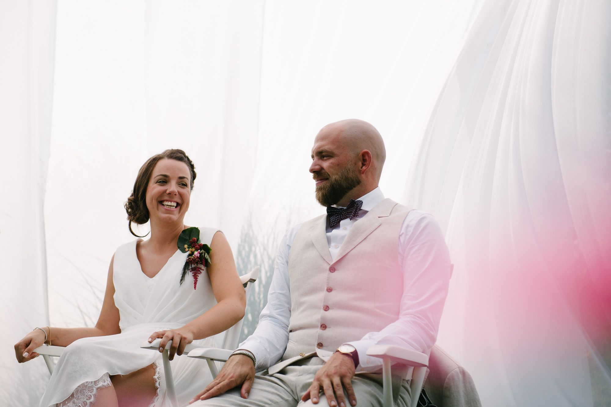 trouwen in het weiland bruidsfotograaf Arnhem